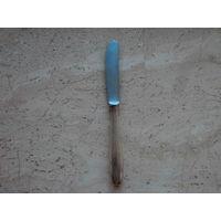 Нож столовый посеребренный клеймо 90 Rostfrei BMF Германия длина 21.5 см.