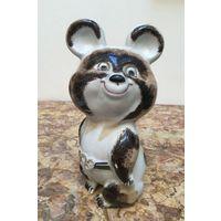 Статуэтка фарфоровая Олимпийский мишка. Коростень, СССР