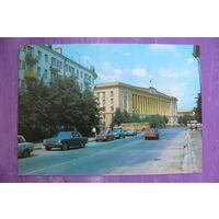 Костенко Г.(фото), Новгород. Улица Горького; 1982, чистая.