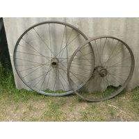 Колеса велосипедные 28х1,75 и 24х1,5 (стаканы втулок с клеймами, см. фото и описание)