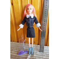 Кукла Барби+расческа+вешалка