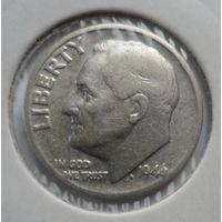 """США 10 центов (дайм) 1946 """"Франклин Делано Рузвельт (1882-1945) - 32-й президент США (1933-1945), оливковая ветвь, факел, дубовая ветвь"""""""
