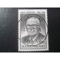 Финляндия 1986 памяти президента страны, траурная марка