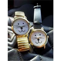 Стильные часы котики. Новые. Металлические. Золотистые. Браслет растягивается. Красивые необычные часы. Куплены на подарок, но не подарены. Продам дешево, всего за 28 руб. Могу выслать почтой.
