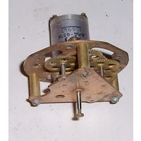 Электродвигатель ДИД-0,5ТА (400 герц) с редуктором.