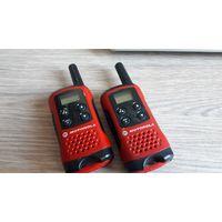 Рация Motorola TLKR T40, комплект.
