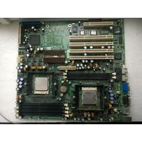 Плата от сервера AMD с процессорами.