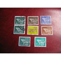 Марки былинные звери 1971 - 1982 год Ирландия