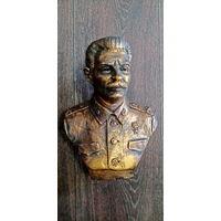 Бюст И. Сталина. гипс