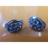 Красивые серьги с синими фионитами