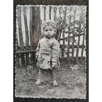 Фото девочки. 1960-е. 8.5х11 см
