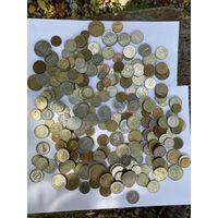 Монеты разные ( Лот с рубля )