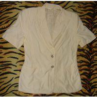 Пиджачок летний Betty Barclay с завязками на спине р.44-46