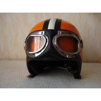 Фирменный мотоциклетный шлем к мотоциклу CZ (ЧеЗет). Чехословакия, 80-е годы прошлого столетия.