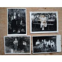 Четыре фото советских женщин на отдыхе. 1950-е. 9х12 см. Цена за все.