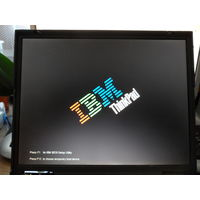 Ноутбук старинный IBM ThinkPad 2648-1U6