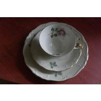 Чашка с блюдцами ( трио)