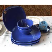 Набор посуды .Синий .Керамика.4 тарелки,2 салатника, блюдце+подсвечник
