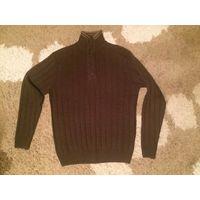 Стильный свитер коричневого цвета на 48-50 размер. Длина71см, ПОгруди(в нерастянутом состоянии, хорошо тянется)55см, длина рукава64см. Очень красиво смотрится, хорошее состояние.