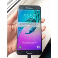 Samsung Galaxy A5 (2016) Dual SIM (черный)
