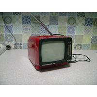 Телевизор маленький СССР