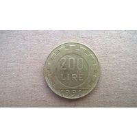 Италия 200 лир, 1991г. (D-8)