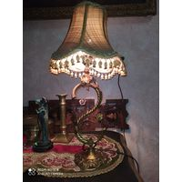 Настольная старинная лампа. Бронза ,позолота, фарфор.