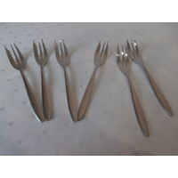 Набор десертных вилок 6 штук Chrom Nickel Stahl 18-8 Германия длина 15 см.