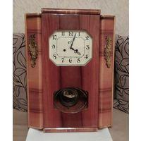 Часы настенные ОЧЗ с боем СССР 50-е годы Большая книга Отличные