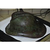 Каска советского пожарного.Состояние см. на качественных фото.