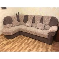 Угловой бежевый диван-кровать с ортопедическим матрасом