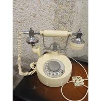 Телефон,телефонный аппарат ретро