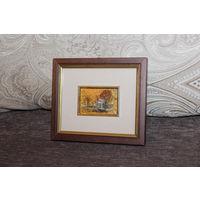 Картина в деревянной рамке - художественная литография, выполненная на золотой фольге, размер 14.5*12.5 см.