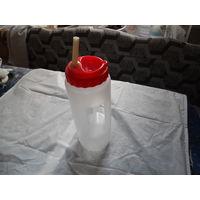 Пластиковая бутылка для спорта, с ручкой. распродажа