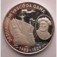 Сан-Томе и Принсипи. 1000 добра 1990. Редкая. Серебро (373)
