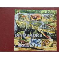 Туркменистан 2001 г. Динозавры.