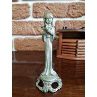 Статуэтка девочка-ангелочек с голубем. Металл