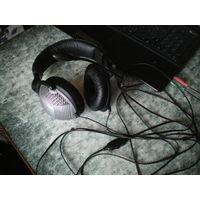 Наушники с микрофоном SVEN AP-890.