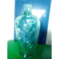 Старинный стеклянный литровый штоф.Начало XX-го века.