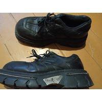 Ботинки в отличном состоянии р-р 45