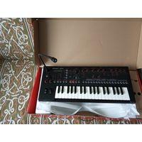 Продаю синтезатор Roland JD-XI новый