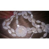 Ожерелье из натурального камня.Новое