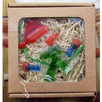 Елочное украшение из стекла в подарочной упаковке (13х13см) снеговик