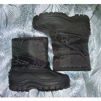 Сапожки деми-зима р.28.5   Низ резиновый - непромокаемые, утеплённые искусственным мехом