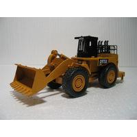 Трактор-бульдозер CATERPILLAR электрофицирован