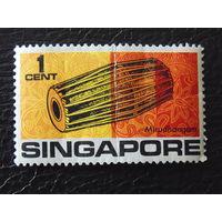 Сингапур. Муз. инструменты.