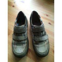 Фирменные немецкие ботинки на 43-44 размер