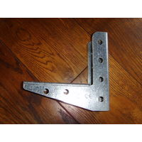 Угловое крепление можно использовать для изготовления стеллажей или полок 18 шт.