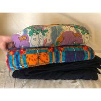 Одеяла синтепоновые 3 штуки б/у, но постиранные и не рваные, продаются одним лотом - за все 3 штуки 25 рублей