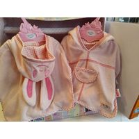 ДВА халатика для кукол Беби Борн 43 см (Zapf Creation).ЦЕНА ЗА 2 единицы
